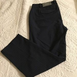 GAP Stripped Navy Slim Cropped Dress Pants.